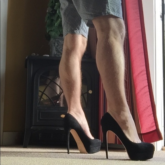 c4b0aeceb06 Brian Atwood Shoes - Brian Atwood Hamper Black Suede Pumps 👠